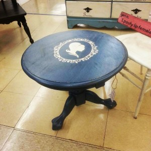 Navy Accent Table with White Silhouette of Little Girl. Lightly Distressed.